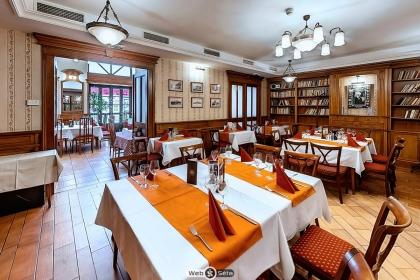 Restaurant service.